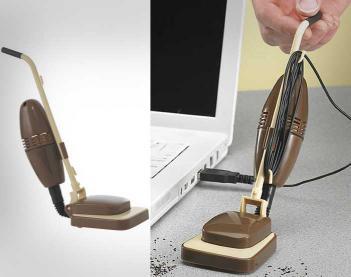 usb-powered-mini-desk-vacuum-thumb