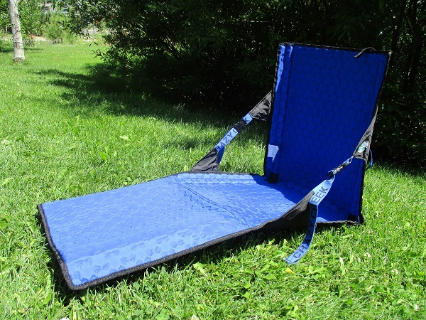 Full shot of the HEX 2.0 Power lounger